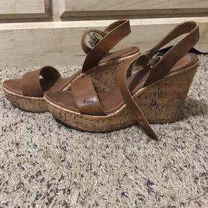 b.o.c tall wedge sandals